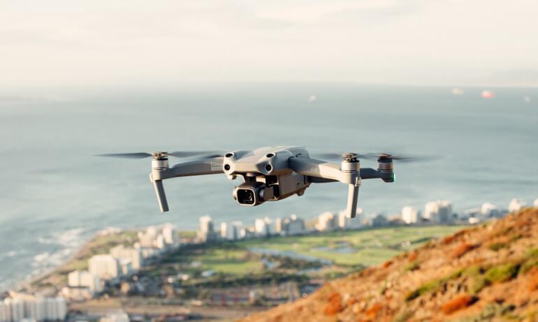 Le DJI Air 2S combine une qualité d'image incroyable et des performances de vol impressionnantes