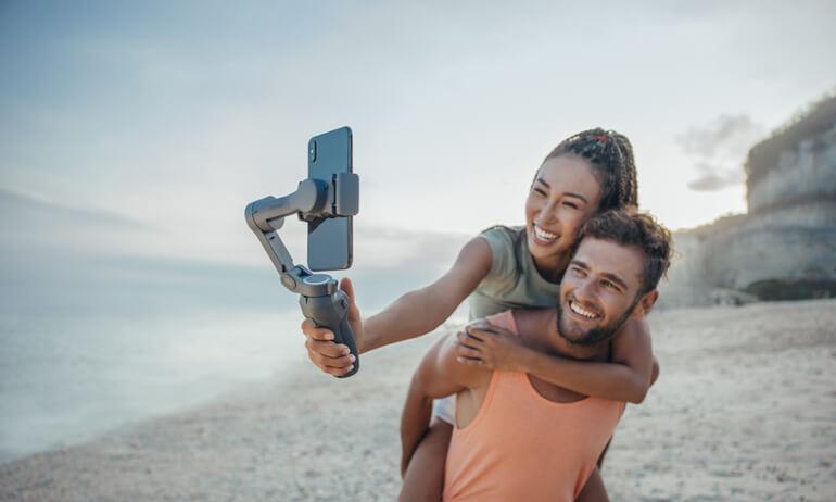 Captura momentos memorables en calidad cinematográfica con el nuevo Osmo Mobile 3 plegable