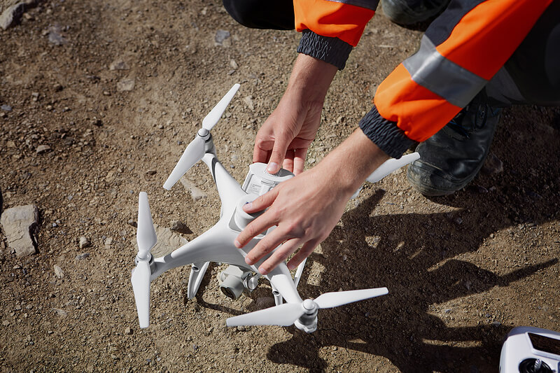If battery change is required for larger mappings, the Phantom 4 RTK resumes the mission automatically